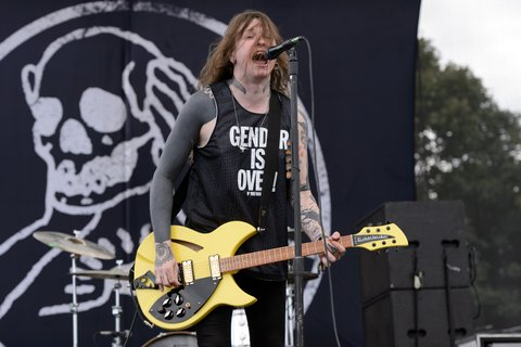 CHICAGO, IL - SEPTEMBER 11:  Laura Jane Grace of Against Me! performs during Riot Fest Chicago 2015 at Douglas Park on September 11, 2015 in Chicago, Illinois.  (Photo by Daniel Boczarski/Redferns)