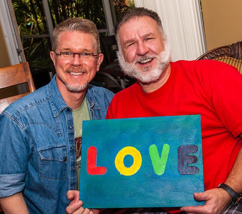 Gay couple recreates Pride photo 24 years later