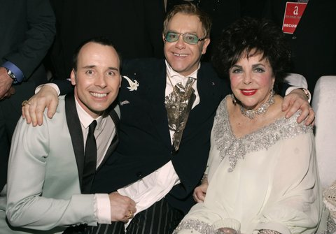 David Furnish, Sir Elton John and Elizabeth Taylor (Photo by KMazur/WireImage)