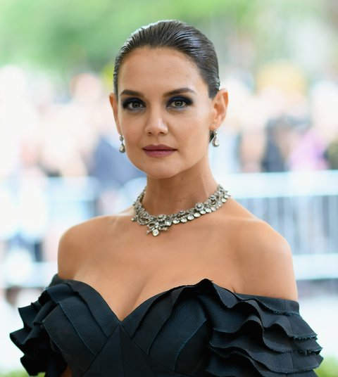 NEW YORK, NEW YORK - MAY 01: Katie Holmes attends the 'Rei Kawakubo/Comme des Garcons: Art Of The In-Between' Costume Institute Gala at Metropolitan Museum of Art on May 1, 2017 in New York City. (Photo by Dimitrios Kambouris/Getty Images)
