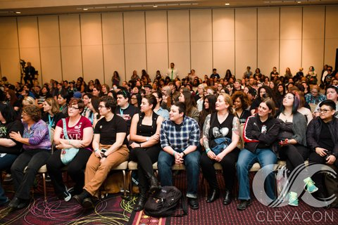 Fangirls Of Queer Characters, Stories, and Comics To Unite At Upcoming ClexaCon In Las Vegas