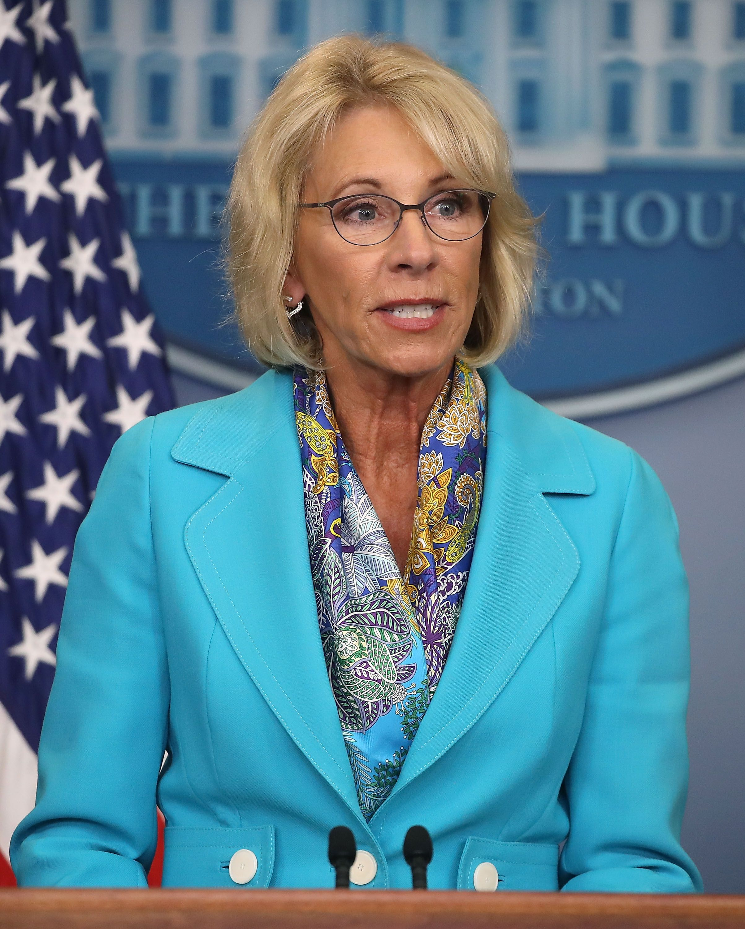 US Education Department no longer probing transgender bathroom complaints