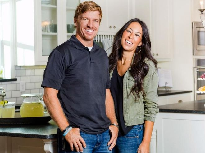 Fixer upper star chip gaines addresses homophobic church for How tall is chip gaines fixer upper